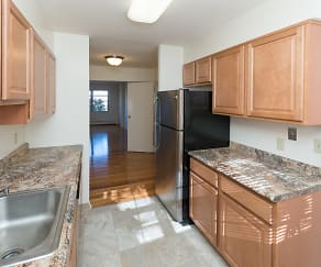 Kitchen, Summit Manor