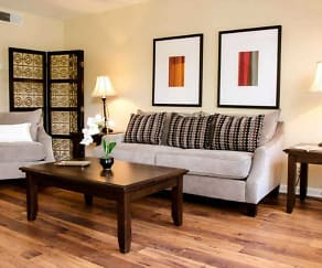 Living Room, Jamestown