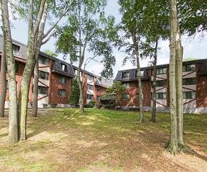 Building, Woodcliff Estates