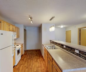 Kitchen, Grand Gateway Apartments