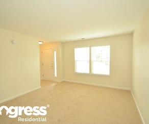 Living Room, 516 Kennard Ln