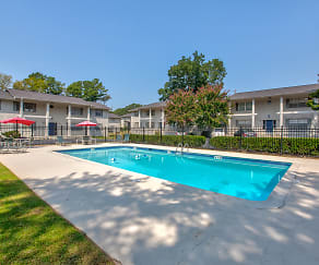 Pool, The Residences at Stonebrook