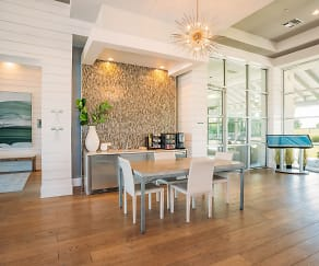 Dining Room, The Green at Plum Creek