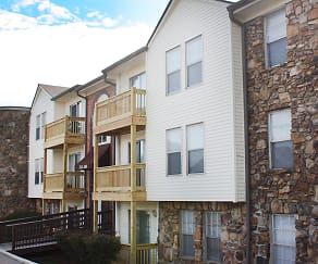Knobs Pointe Apartments, Salem, IN