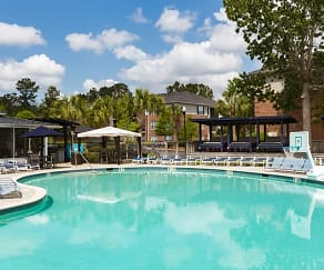 Pool, Atlantic Palms
