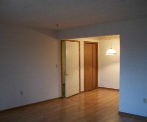 Living Room, 1431 Saratoga Ave