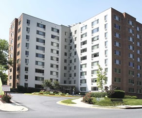 Building, Pooks Hill Apartments
