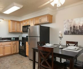 Kitchen, Highland Pinetree Apartments