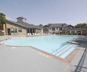 Pool, Saddle Brook Apartments