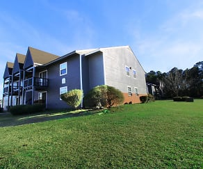 Building, Fieldcrest Apartments