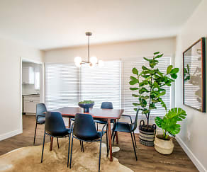 Dining Room, Stadium Village Apartments