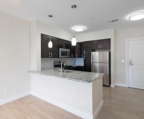 Kitchen, Axis at Lake Shore