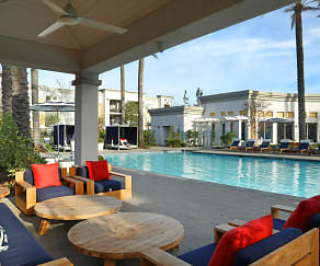 Pool, Serenade at Riverpark
