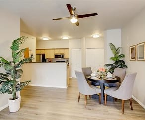 Dining Room, River Trail