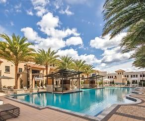 Pool, Palmetto Promenade