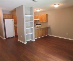 Royal Oaks Apartments, D'Iberville, MS