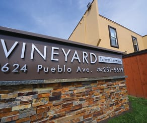 Vineyard Townhomes, Browns Valley, Napa, CA