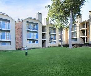 Courtyard, Cedarbrook