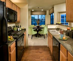 Kitchen, Las Colinas at Black Canyon