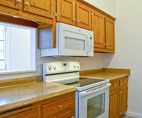 Kitchen, 72 Maple Street Apartments