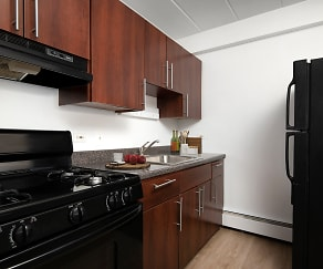 Kitchen, 500 W. Belmont