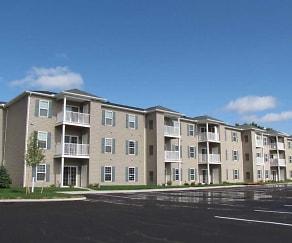 Building, Lorain Pointe Senior Apartments