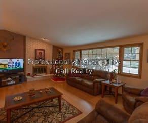 Living Room, 1208 E Woodglen Ct