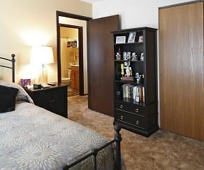 Bedroom, Eastview Apartments