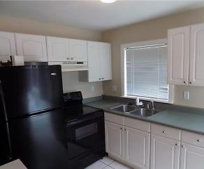 Kitchen, 2204 Driftwood Dr