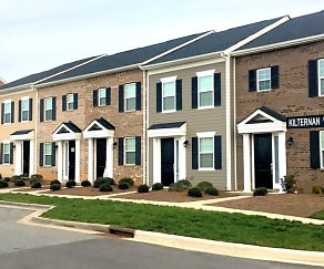 Building, Charleston Row Townhomes at Parkway Crossing