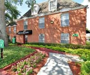 Building, Regency Oaks Apartments