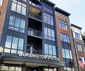 Building, Burlington Station Luxury Residences