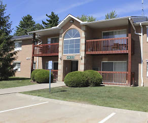 Exterior-Building, Glenwood Pointe Apartments