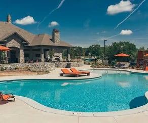 Pool, Vintage at Emory Road