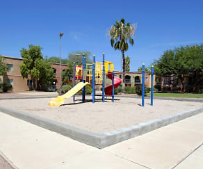 Playground, Sedona Pointe