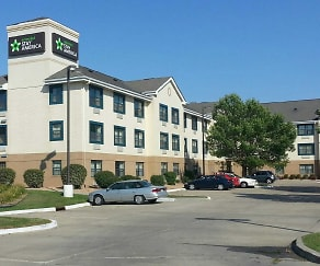 Building, Furnished Studio - Des Moines - Urbandale