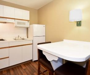 Kitchen, Furnished Studio - Seattle - Redmond