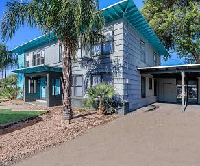 Santa Fe Arms Apartments