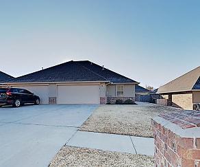 11210 Coachmans Rd, Surrey Hills, Oklahoma City, OK