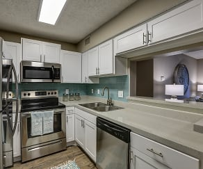 Kitchen, 33 East