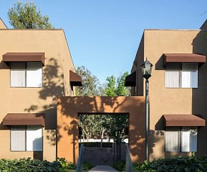 Building, Highlands Apartment Homes