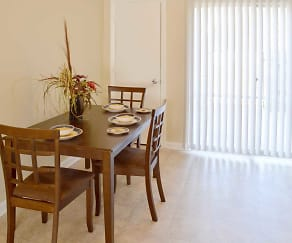 Dining Room, Foxwood Apartment Townhomes