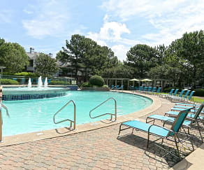 Pool, Enclave at Wolfchase