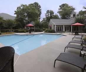 Pool, Marks Church Commons