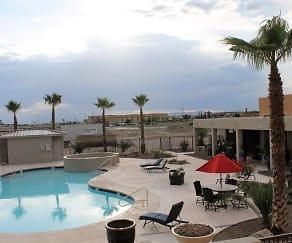 Pool, Sonoma Pointe