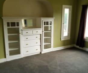 Living Room, 609