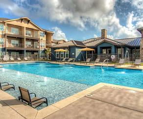 Pool, Brazos Crossing