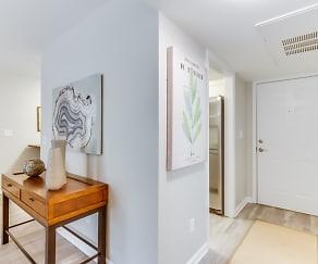 Foyer, Entryway, 2207