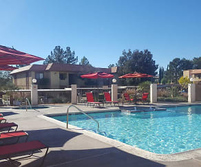 Pool, Summerhill Pointe Apartments