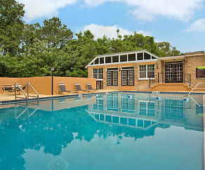 Pool, Spanish Trace